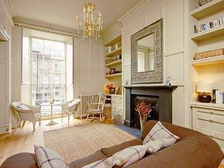 Dublin Street - 1 bed - Spacious studio apartment