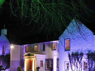 194 - Elegant Stately Home