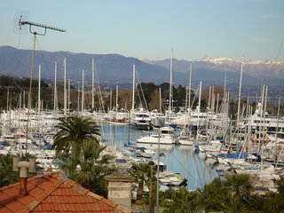 Antibes-Apartment-Close to Port and Old Town