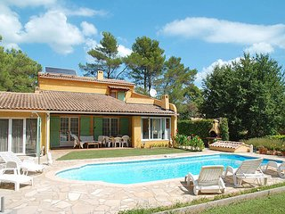 3 bedroom Villa in Le Vieux Cannet, Provence-Alpes-Cote d'Azur, France : ref 543