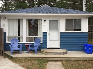 Wu Wu's Cabins, Air Conditioned, 2 bedroom Cabins, Wasaga Beach