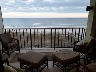 Beach front condo beautiful 5th floor view