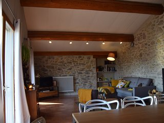 Charming rental cottage with fantastic views in Cathar Country near Carcassonne