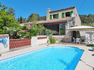4 bedroom Villa in Garéoult, Provence-Alpes-Côte d'Azur, France : ref 5437057