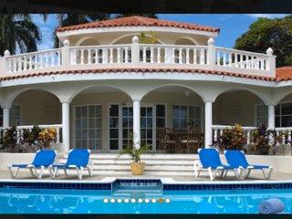 Lifestyle Resort Crown Villas
