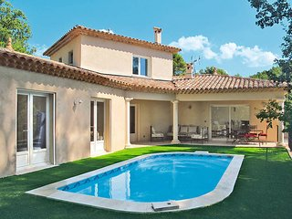 3 bedroom Villa in Draguignan, Provence-Alpes-Cote d'Azur, France : ref 5437034