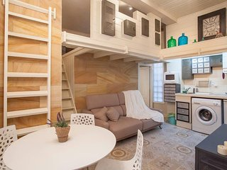 Apartment in the center of Valencia with Internet, Air conditioning, Lift, Washi