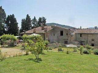 5 bedroom Apartment in San Polo in Chianti, Tuscany, Italy : ref 5446898