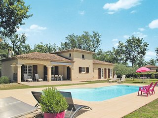 4 bedroom Villa in Les Terrassonnes, Provence-Alpes-Côte d'Azur, France : ref 54