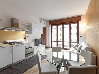 Apartment in Milan with Internet, Air conditioning, Lift (640650)