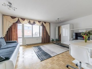 Apartment in Hanover with Internet, Parking, Balcony, Washing machine (624143)
