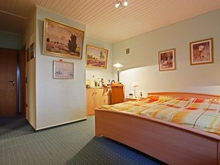 Studio apartment in Hanover with Internet, Parking (524678)
