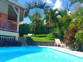 Villa charme créole tout confort piscine 300 m magnifique plage, wi fi, parking