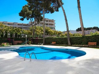 APARTAMENTO HASTA 7/8 PAX. PISCINA/PARKING