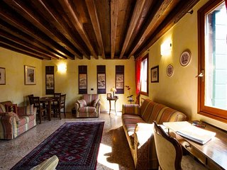 Apartment in the center of Venice with Internet, Air conditioning, Lift, Washing