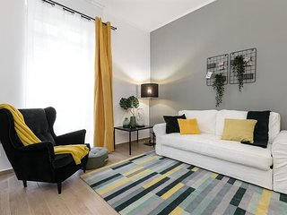 Apartment in the center of Milan with Internet, Air conditioning, Lift, Terrace