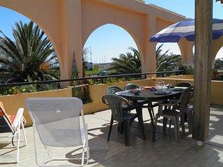 2 pièces cabine avec grande terrasse de 25m2 / plage en face