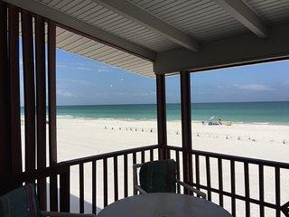 Private Beachfront Bungalow #8