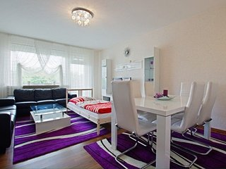 804 m from the center of Hanover with Internet, Parking, Balcony, Washing machin