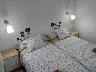 1.5 km from the center of Madrid with Air conditioning, Parking, Washing machine