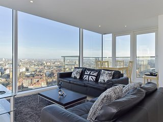 Apartment in London with Internet, Lift, Washing machine (741136)