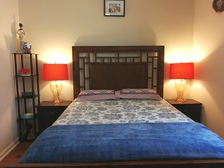 TempurPedic adjustable massage bed & comfy rooms In the beautiful single house.
