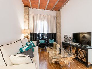 Building in the center of Granada with Air conditioning, Lift, Parking, Terrace