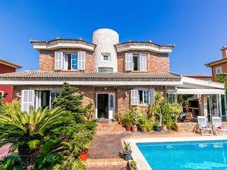 CASA LAURA  zona Residencial Palma Mallorca. Muy tranquila y bien comunicada.
