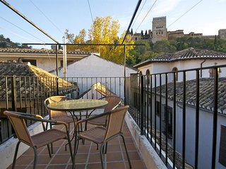 Apartment in the center of Granada with Internet, Air conditioning, Terrace (403