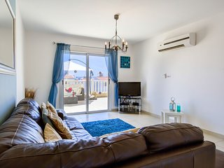 Apartment Eden - Large & Spacious 2 Bedroom Apartment - Nissi Golden Sands