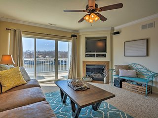 Lakefront Osage Beach Condo w/ Private Balcony!