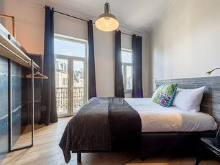 Studio apartment in the center of Brussels with Balcony (619649)
