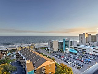 Myrtle Beach Condo w/ Ocean Views - Walk to Beach!