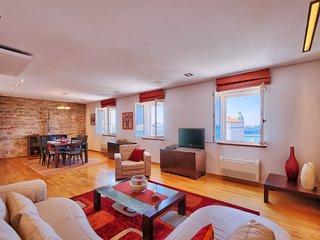 Luxury Apartment Lovre