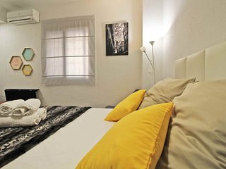 Apartment in the center of Malaga with Internet, Air conditioning, Lift, Washing