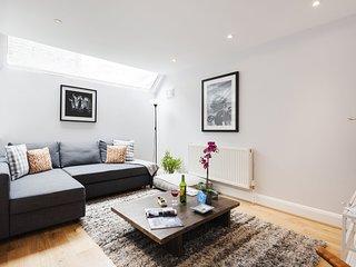 Apartment in London with Internet, Terrace, Garden, Washing machine (707892)