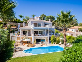 Luxury villa in Quinta do Lago with indoor & outdoor pools, short walk to Lake.