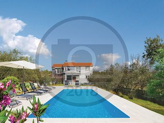 4 bedroom Villa in Culisic, Sibensko-Kninska Zupanija, Croatia : ref 5582039