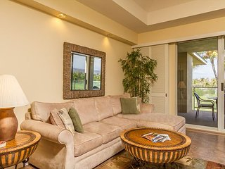 Top Floor Vista Condo with Golf/Mountain Views