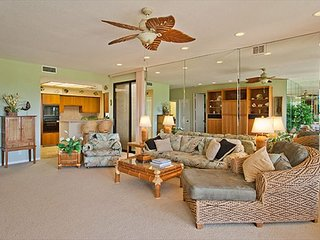 Large Golf Front Villa with Partial Ocean Views