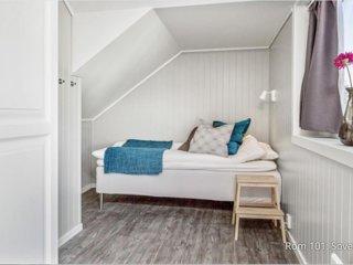 (Room 101) Mogarden- Overnatting sentralt i Orkanger