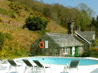 1 Bed Cottage  with Swimming Pool and Magnificent Views Pet Welcome
