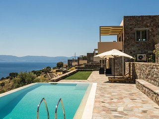 4 bedroom Villa in Klíma, Attica, Greece : ref 5582061