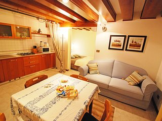 1 bedroom Apartment in Sestiere di San Polo, Veneto, Italy : ref 5518496
