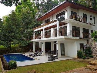 Villa Elisha -  A Forest Hideaway