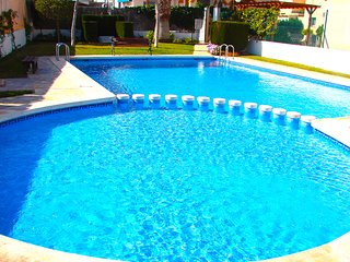 Costa Blanca South - 2 Bed / 2 Bathroom House + Pool + Wi-Fi - La ZENIA