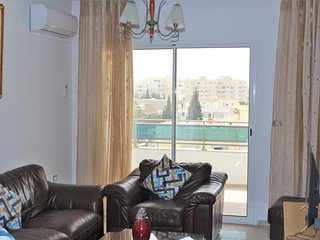 Nice apt with sea view & balcony