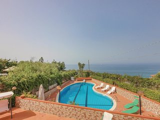 5 bedroom Villa in Torre Colonna-Sperone, Sicily, Italy : ref 5581999