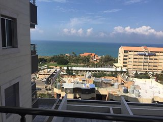 Ocean View Super Clean 3 Apartments For Rent!