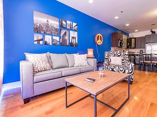 NEW! 2BR/2BA MODERN APT -- NEAR NYC TRAIN